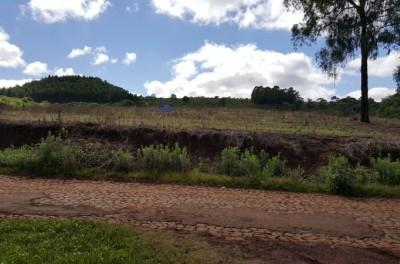 Terreno proximo a cidade , com calçamento em frente , Comunidade Linha Olaria